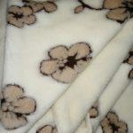 Prikrývka 100% OVČIA VLNA (ovčie rúno) vzor Kvet + MERINO 140 X 200